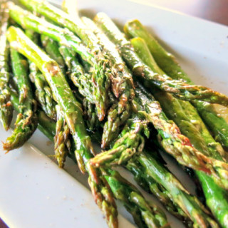 Lemon-Pepper Roasted Asparagus